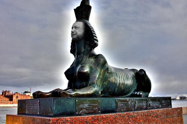 Мумификация Петербурга