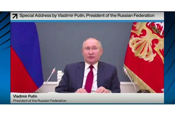 Путин в Давосе: многообразие для мира, но не для своей страны