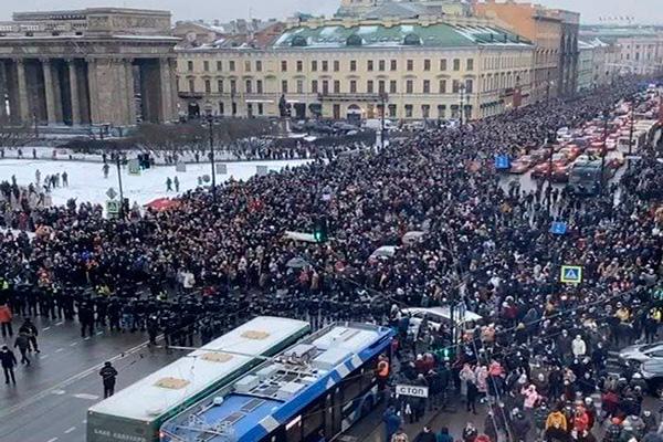 Протестный Петербург. Революционная история города